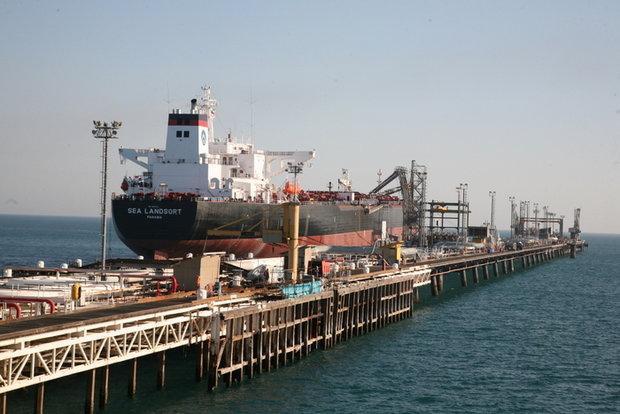 طوفان خسارتی به اسکله ها و تاسیسات نفتی جزیره خارگ وارد نکرده است