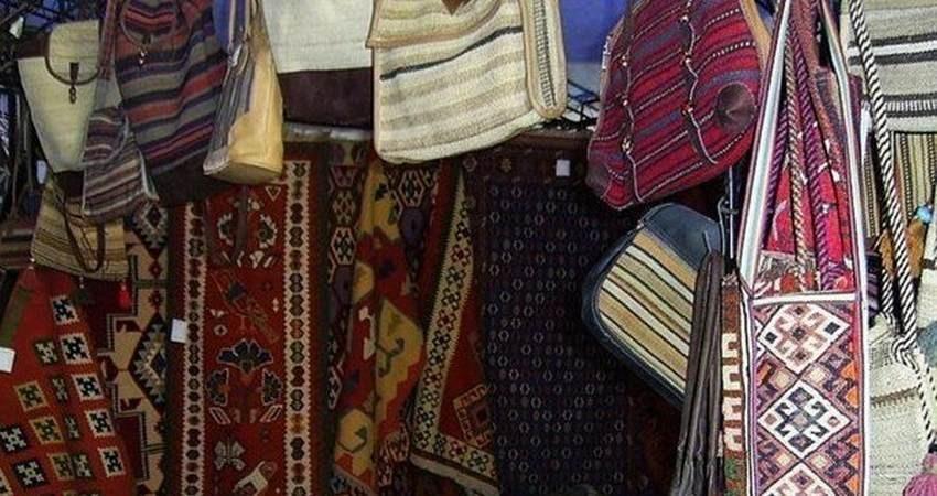 بازارچه دائمی صنایع دستی دلفان افتتاح شد