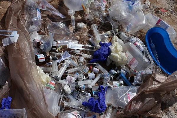 جمع آوری زباله های عفونی کرج شرایط مناسبی ندارد