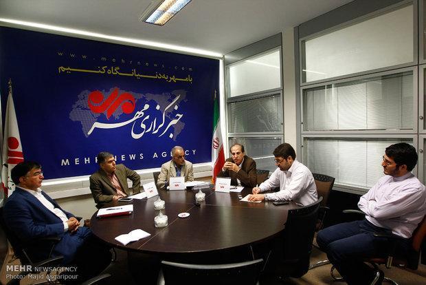 دولت پیگیر حقوق اتباع خود نیست، پاسپورت ایرانی همچنان حرمت ندارد