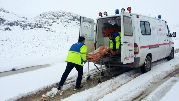 نجات 108 خانم باردار گرفتار در برف و کولاک توسط اورژانس
