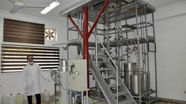 راه اندازی مجدد برج تقطیر نیمه صنعتی دانشکده شیمی دانشگاه مازندران
