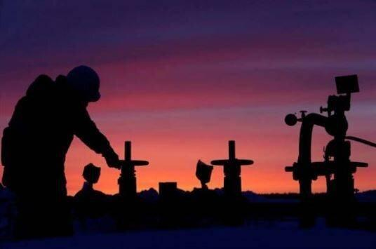 برای کاهش فراوری نفت قولی ندادیم!