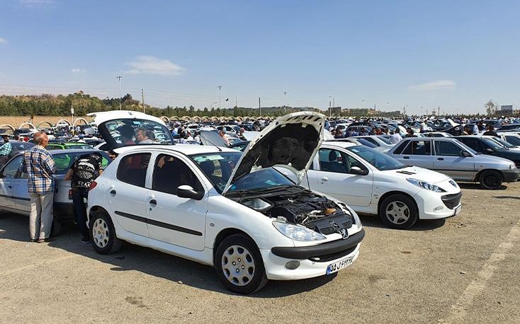 کشف خودروی احتکار شده در پارکینگ فرودگاه مهرآباد