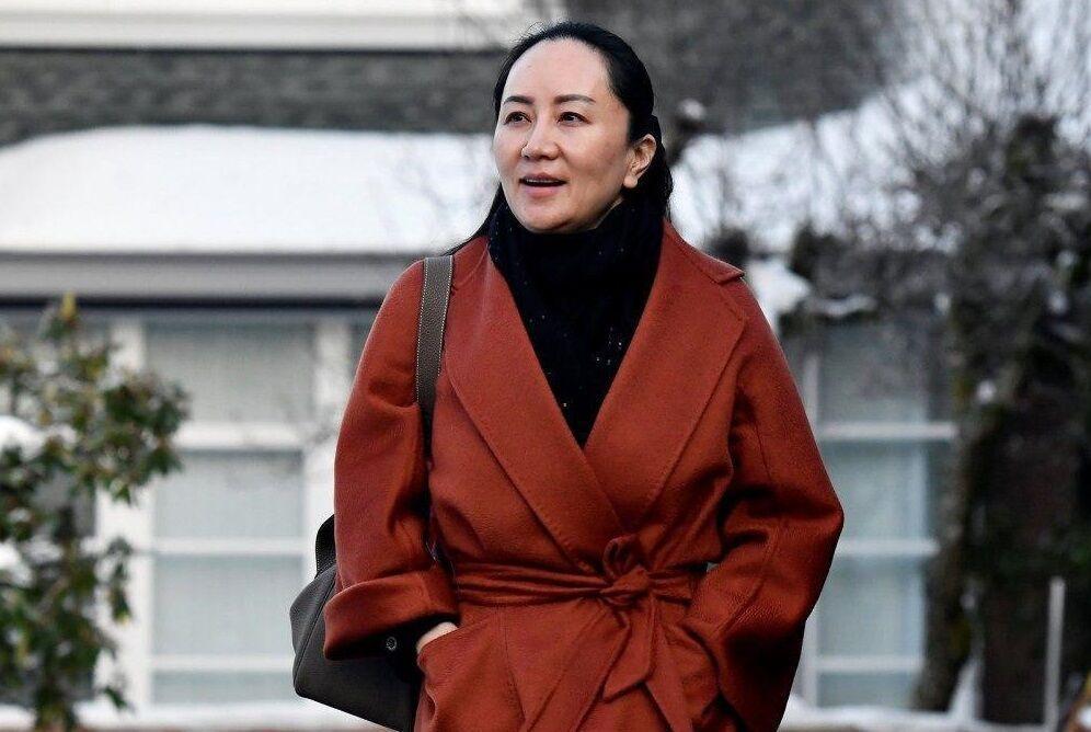 خبرنگاران چین بازداشت مدیر اقتصادی هواوی را توطئه سیاسی خواند