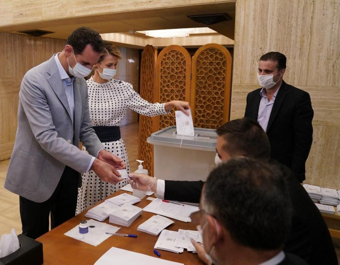 حضور بشار اسد و همسرش در انتخابات