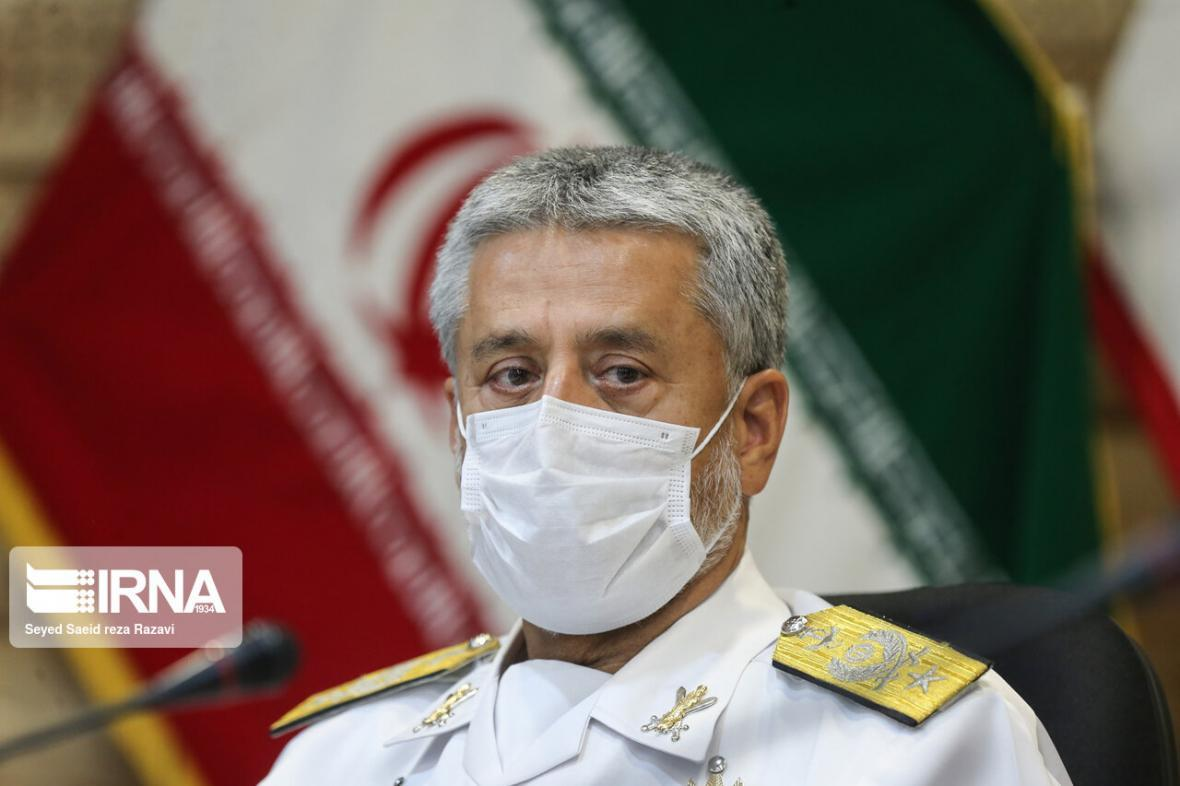 خبرنگاران اعلام آمادگی ارتش برای واگذاری اماکن خود به برگزاری کنکور سراسری