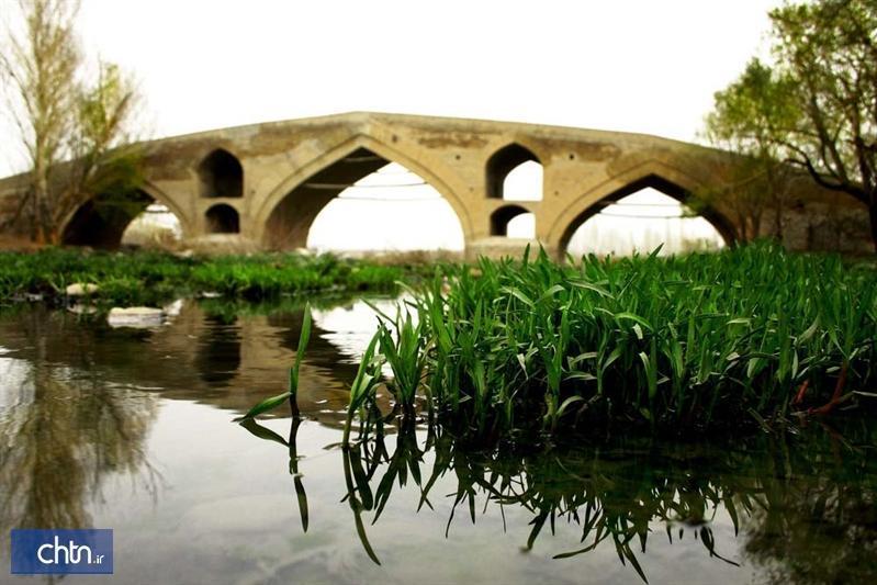 لایروبی رودخانه زنجان رود در جهت پل های تاریخی زنجان انجام می گردد