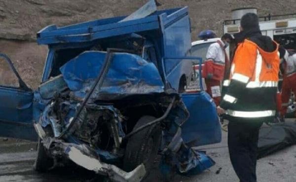 خبرنگاران یک کشته و 6 مصدوم در تصادف اتوبوس با وانت نیسان در جاده اردبیل - سرچم
