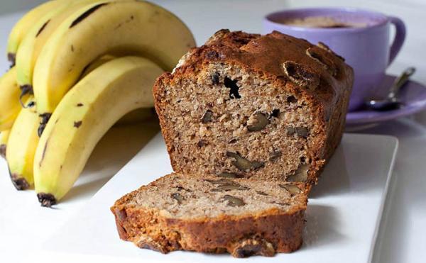 طرز تهیه نان گردویی و موزی به 2 روش با شکر و بدون شکر