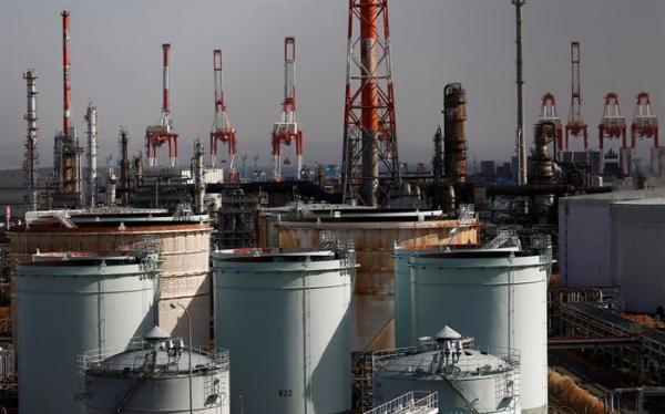 افزایش قیمت نفت در پی کاهش ذخیره سازی های آمریکا