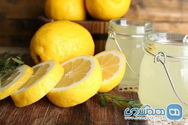 آب گرم و لیمو به صورت ناشتا مصرف کنید و معجزه آن را ببینید