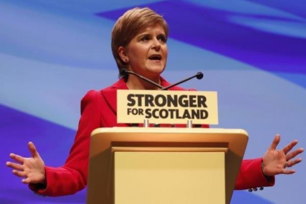 لندن با برگزاری همه پرسی استقلال اسکاتلند موافقت کند